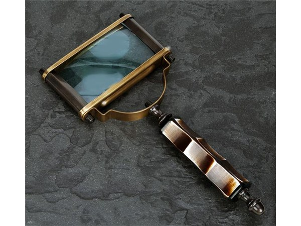 Heirloom Reading Magnifier